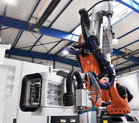 Robot perçage acoustique composite - GEBE2 - EUROPE TECHNOLOGIES